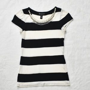 INC black and white sleeveless top SZ M